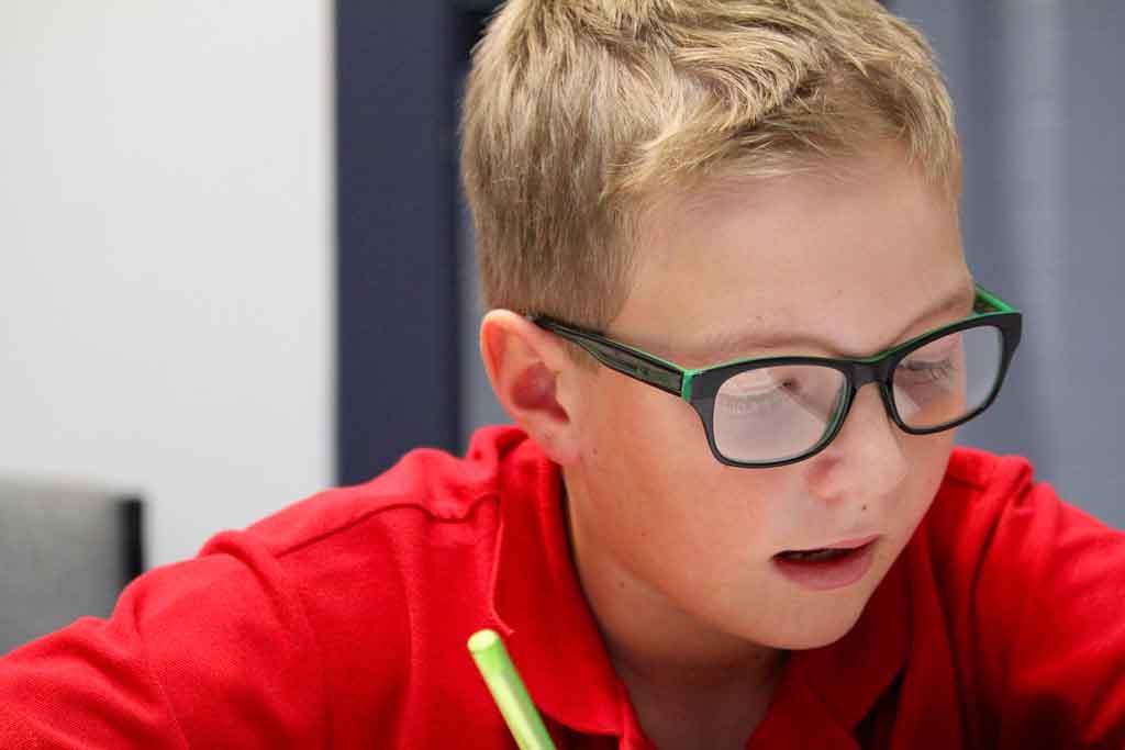 rem-gallery-boy-in-red-shirt.jpg